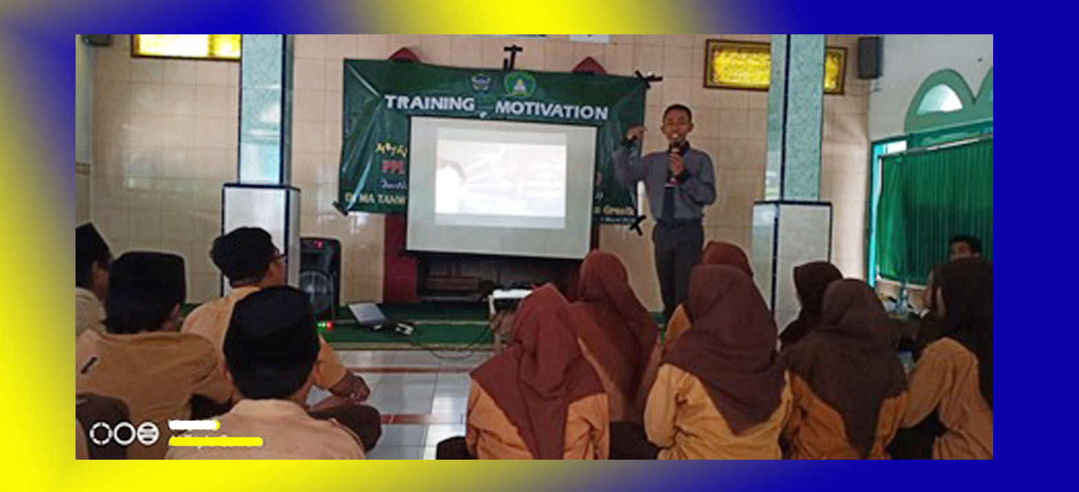 PPL INSUD Gelar Training Motivation & Hypnoteraphy di MA Tanwirul Qulub